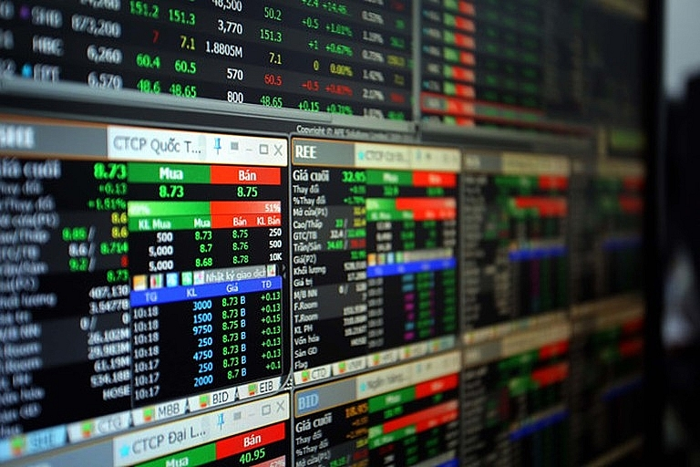 Mua lại cổ phiếu nhưng không báo cáo, Thương mại Dịch vụ Cổng Vàng bị phạt 85 triệu đồng