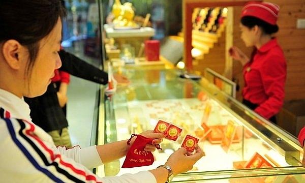 Thị trường vàng trong nước tiếp đà tăng giá trước Tết Nguyên đán Tân Sửu