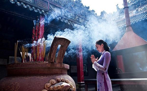 Những điều cần lưu ý khi đi lễ chùa đầu năm