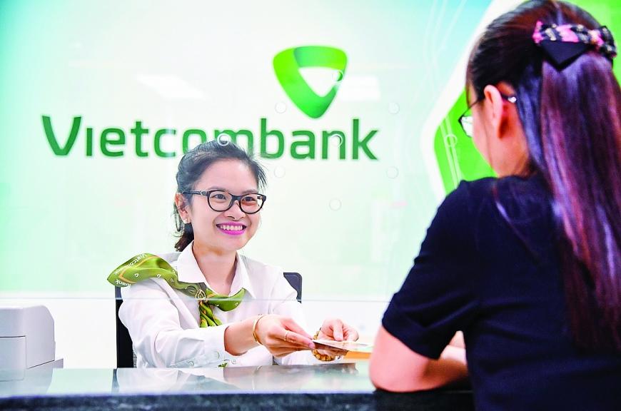 Hoạt động Ngân hàng bán lẻ Vietcombank - Chuyển đổi để bứt phá