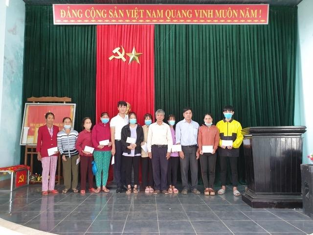 Tạp chí Người cao tuổi mang yêu thương tới tỉnh Quảng Nam xuân Tân Sửu