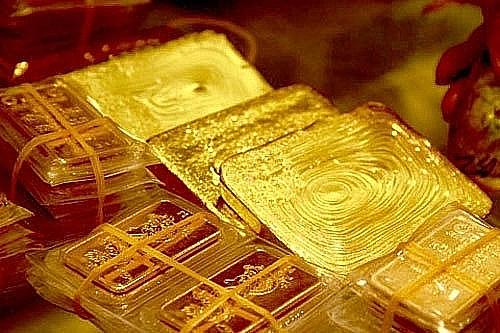 Giá vàng SJC tiến sát ngưỡng 57 triệu đồng/lượng sáng 1/2