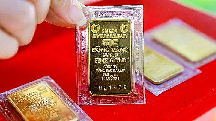 Giá vàng SJC trong nước vượt mốc 57 triệu đồng/lượng sáng 2/2