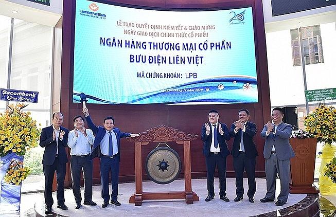 Ngân hàng TMCP Bưu điện Liên Việt đã hoàn tất đưa gần 977 triệu cổ phiếu lên giao dịch tại HoSE