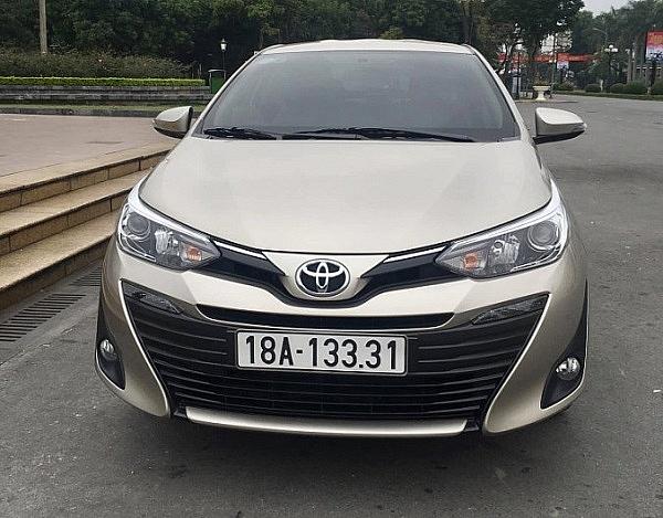 Toyota Vios tháng thứ 2 liên tiếp tụt hạng thê thảm