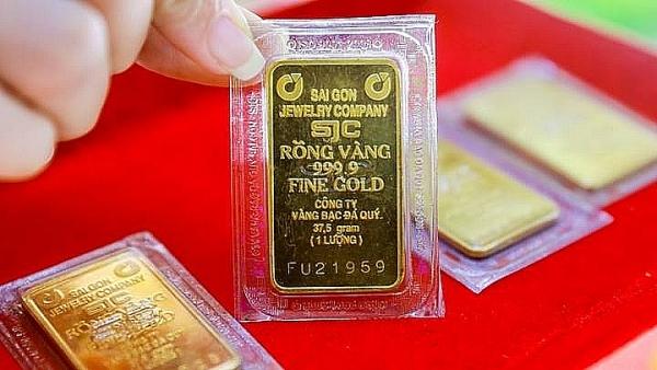 Giá vàng SJC tăng vượt mốc 55,5 triệu đồng/lượng
