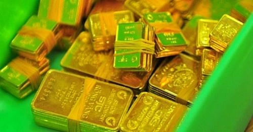 Giá vàng SJC giảm cả trăm nghìn đồng/lượng phiên sáng cuối tuần