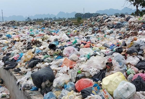 Vừa quyết định thanh tra, Công ty Minh Quân vẫn trúng gói thầu thu gom rác thải