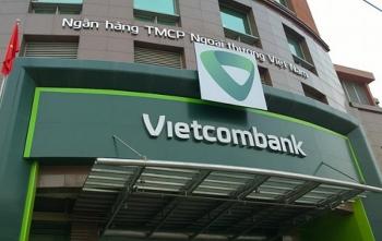 """Hơn 400 triệu đồng trong tài khoản của khách bị """"bốc hơi"""", Vietcombank đã làm gì?"""
