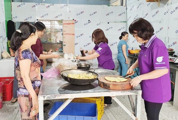Hòa Thọ Đông: Phường duy nhất ở Đà Nẵng có Bếp ăn tình thương hỗ trợ bệnh nhân nghèo