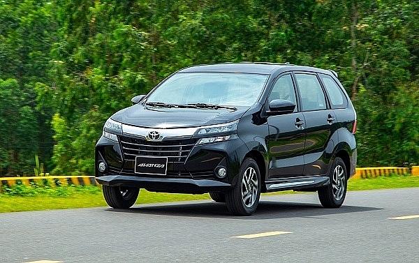 3 mẫu Toyota, 3 mẫu Suzuki vào Top 10 xe bán chậm nhất tháng 4