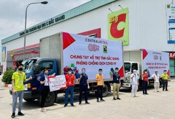 Tập đoàn Central Retail tiếp sức cho tuyến đầu chống dịch Covid - 19 tại Bắc Giang và Vĩnh Phúc