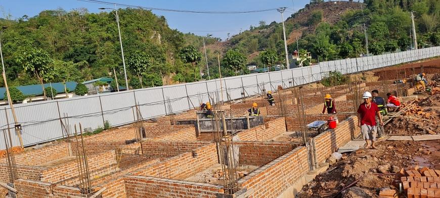 """Tỉnh Sơn La: Công ty CP Tập đoàn Picenza Việt Nam có đang xây dựng """"chui"""" tại dự án Picenza Riverside?"""