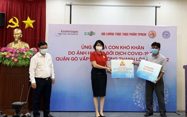 Công Ty VISSAN ủng hộ 2.600 phần quà cho đội ngũ Y Bác sĩ, nhân viên Y tế và người dân