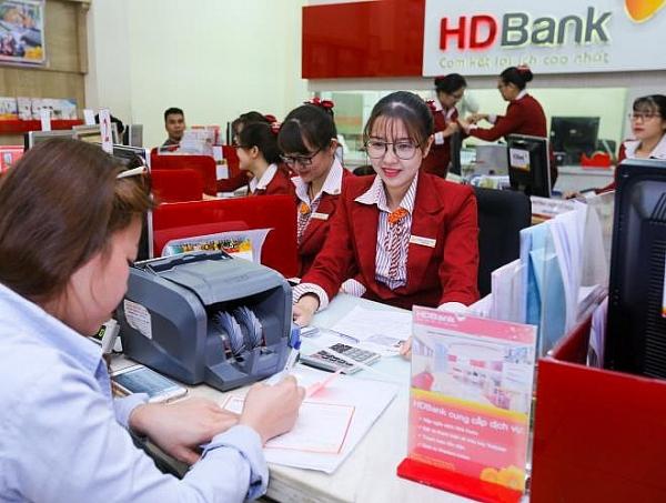 Bị phạt hơn 190 triệu đồng do sai sót trong kê khai thuế, HDBank nói gì?