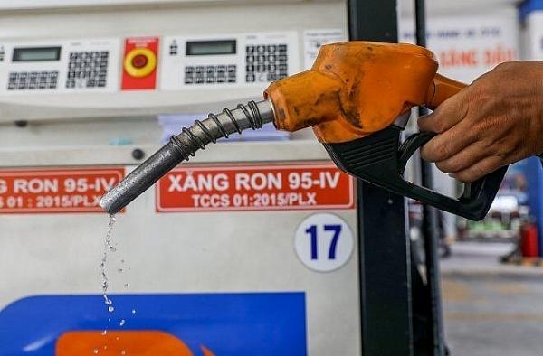 Giá xăng RON 95 tăng 633 đồng/lít, vượt mốc 20.000 đồng/lít từ 15 giờ ngày 11/6