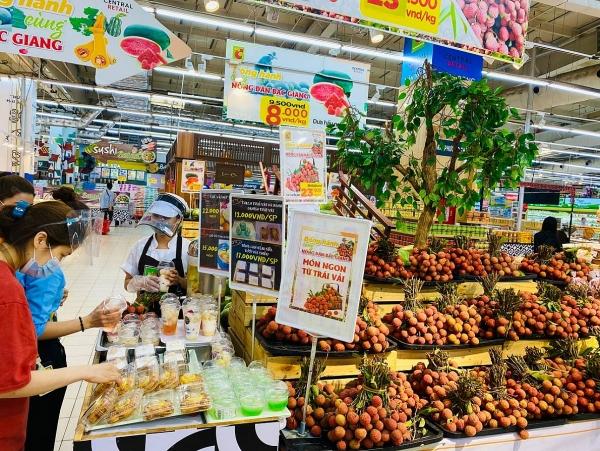 Vải thiều Bắc Giang chính thức có mặt tại hệ thống bán lẻ của Tập đoàn Central Retail