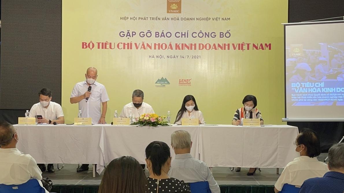 Họp báo Công bố Bộ tiêu chí văn hóa kinh doanh Việt Nam